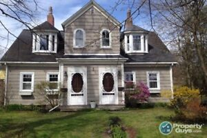 Wonderful Neighborhood, Victorian Duples with 3 bed each