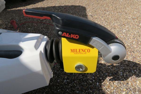 Milenco Super Heavy Duty AKS 3004 Hitchlock