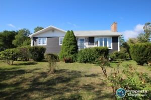Large corner lot with over 2200 sf, 3 beds and 1.5 bath