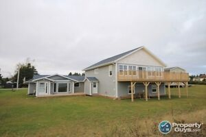 Waterfront Beach House with Rental Cottage (Souris,PEI)