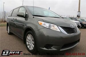 2013 Toyota Sienna LE *All Whee Drive*