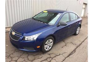 2013 Chevrolet Cruze LS GREAT PRICE ON THIS RELIABLE, STYLISH...