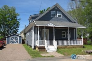 Centrally located 4 bed/2 bath family home