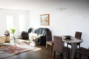 2bth 2bdr w/wo furniture,services NEW building NDG GLEN VENDOME