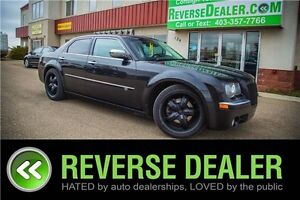 2010 Chrysler 300C Base ** 5.7L HEMI, NAV, LOADED **