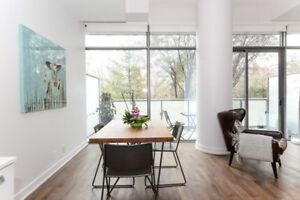 Chic 1 Bed/1 Bath Suite W/Floor To Ceiling Windows At Yonge St