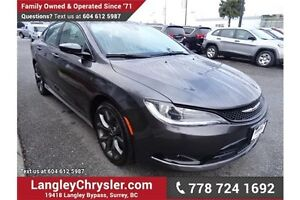 2015 Chrysler 200 S w/Navigation, Leather Int. & Sunroof