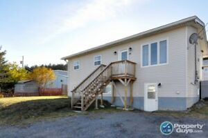Move in ready 4 bed with self-contained 1 bed apartment