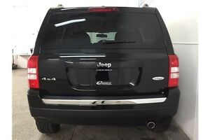 2016 Jeep PATRIOT HIGH ALTITUDE- 4WD! SUNROOF! HEATED SEATS! Belleville Belleville Area image 5