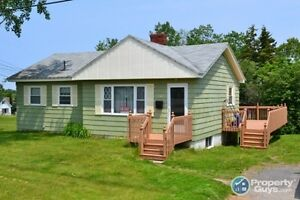 3 bedroom home on a Beautiful, Large Lot!