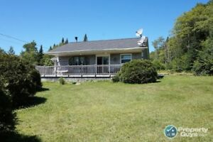 The best of country living, 2 bed, open concept