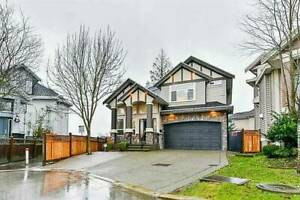 house for sale with basement (East Newton, Surrey)