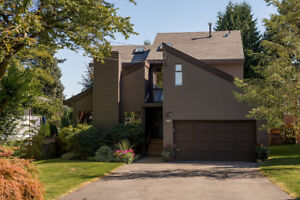 Stunning Central Coquitlam House for Rent (4BR - 2750ft2 )