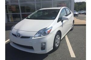 2011 Toyota Prius Base Hybrid  Fuel Saver Only 42,000 KMS