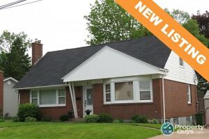 NEW LISTING! Centrally located 3 bed/2 bath with 2100 sq ft