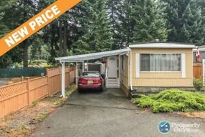 Cozy, well maintained 2 bedroom, 1 bath. 55+ Move in Ready