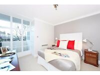 Immaculate 1 Bed - 2nd Floor, Private Balcony