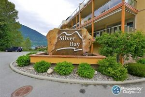 1 bedroom condo with lake views in Nelson Sign #198097