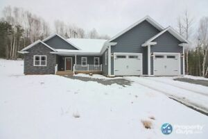 Executive style 3 bed home on 1.8 ac in St. Joseph's, Antigonish