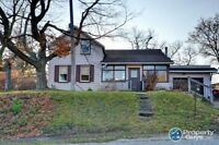 4 bed property for sale in Baden, ON