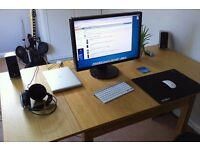 Desk space available to share with Small business owner and entrepreneurs