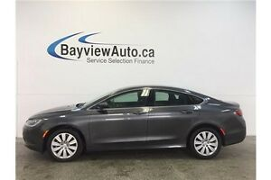 2015 Chrysler 200 LX- TINT! PUSH BUTTON START! CLEAN CARPROOF! Belleville Belleville Area image 1