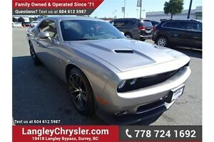 2016 Dodge Challenger R/T Scat Pack w/ Leather/Suede & 6.4L V8