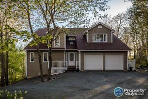 Lakeside living, walk to golf course. Over 3000 sqft of living!!