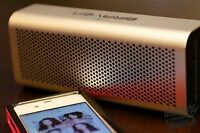 BRAVEN 710 Black/Gold - WIRELESS SPEAKER + POWER BANK  Brand ne
