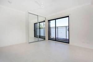 Studio Unit in Sefton for Rent