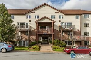 Fantastic 2 level 2 bed condo at a great price!!