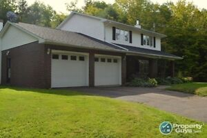 2 Storey, 4 Bed, 1.5 Bath on 2.87 acres
