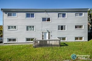 6 unit C Investment property conveniently located in Dartmouth
