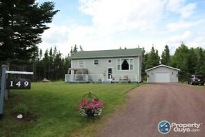 Move in ready 3 bed home with 20x28 detached garage