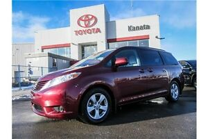 2015 Toyota Sienna LE 8Passenger+Power Slidding Door