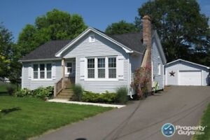 Perfect location, close to everything. Great 3 bdrm bungalow!
