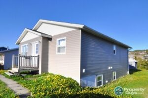 Great 3 bdrm home with 2 bdrm apt or an investment property
