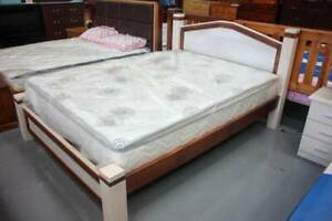 *CLEARANCE* Dual Tone Queen Timber Bed