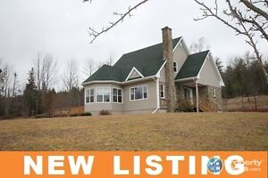 NEW LISTING! Open concept 3 bed/2.5 bath on 2.38 acres.