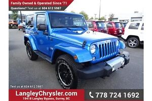 2015 Jeep Wrangler Sahara w/ Leather Interior & Navigation