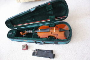 Stentor 4/4 Full Size Violin/Fiddle Outfit