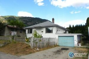 4 bed home w/ potential basement apartment, Castlegar 197334
