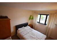 One Bedroom Property on Rothschild Road Chiswick