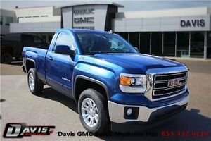 2015 GMC Sierra 1500 SLE Navigation! Rear vision camera!