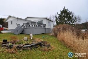 Waterview 2 bdrm Cottage on Almost a Full Acre