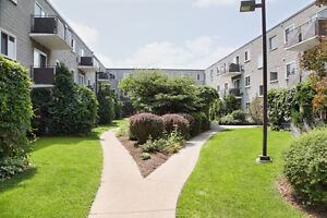 Devine Apartments: Apartment for rent in Sarnia - Pet Friendly