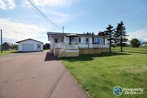 get stress leave here, lovely home at the lighthouse look to PEI