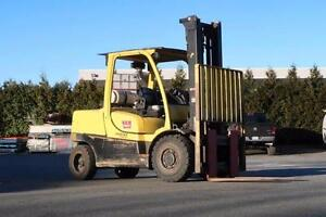 HYSTER H100FT Rough Terrain Forklift, V6, LPG, 8,520 hours