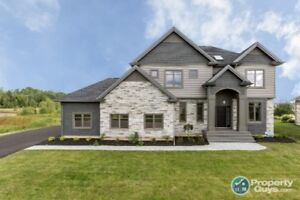 Located In Royal Oaks, 4 bed/3.5 bath DREAM home