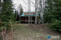 200 Fenced Acres Cattle Land With Off Grid 2700 Square Foot Home